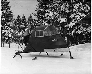 300px-Snow_mobile_vehicle