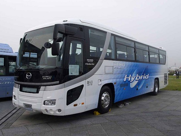 640px-Hino-motors_selega-hybrid_RU1ASAR_demo-car